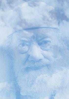 Baba Hariharananda sur fond de ciel bleu