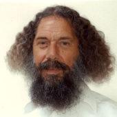 portrait de Rajarshi Peter Baba souriant