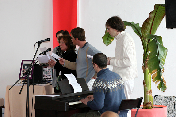Piano, saxo et chants lors du Centenaire de Paramahamsa Hariharananda en mars 2007