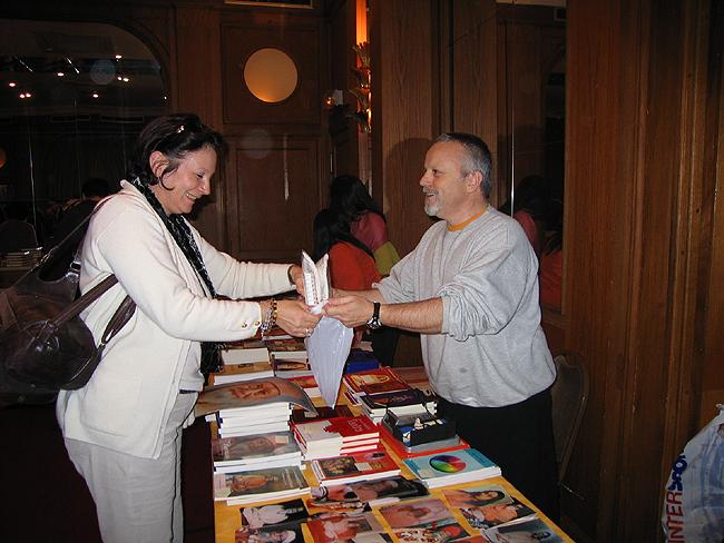 Librairie au programme de Kriya Yoga de Paris en novembre 2006