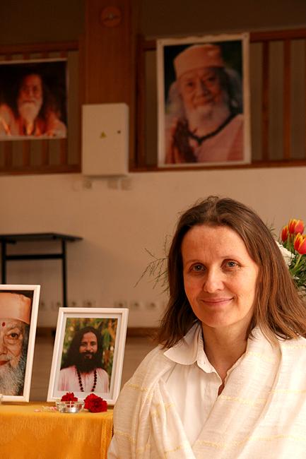 Claudia Cremers au programme de kriya yoga de Paris en mars 2008