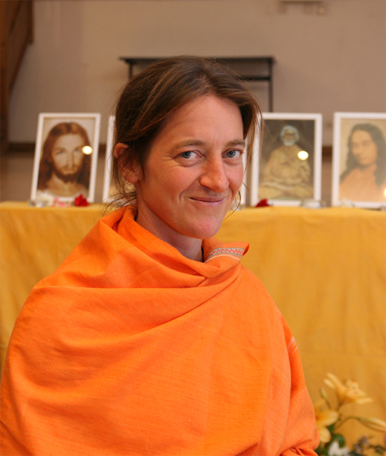 Mangalananda au programme de kriya yoga de Paris en mars 2008