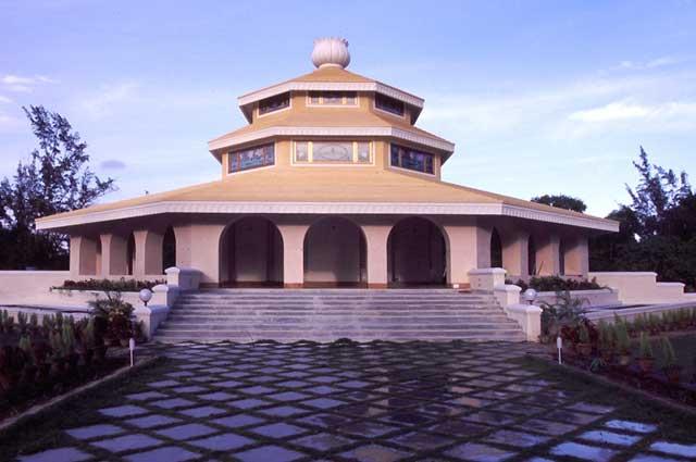 Samadhi de Gouroudev Baba Hariharanandaji
